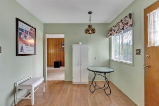 """Photo 13: 10476 155 Street in Surrey: Guildford House for sale in """"EAST GUILDFORD"""" (North Surrey)  : MLS®# R2573518"""