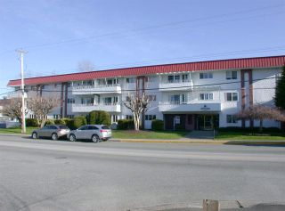 """Photo 1: 210 12096 222 Street in Maple Ridge: West Central Condo for sale in """"CANUCK PLAZA"""" : MLS®# R2531266"""