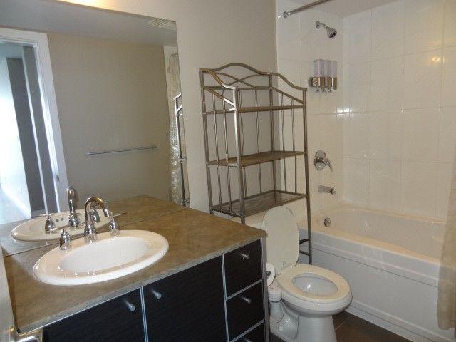 Photo 13: Photos: 2304 13688 100th Avenue: Condo for sale (Surrey)  : MLS®# F1404487