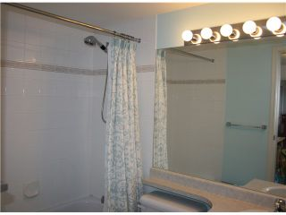 """Photo 7: PH1 418 E BROADWAY in Vancouver: Mount Pleasant VE Condo for sale in """"BROADWAY CREST"""" (Vancouver East)  : MLS®# V1022028"""
