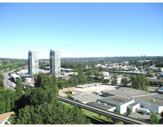 "Photo 9: 1506 2060 BELLWOOD Avenue in Burnaby: Brentwood Park Condo  in ""VANTAGE POINT"" (Burnaby North)  : MLS®# V800702"