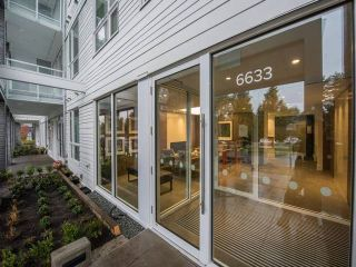 """Main Photo: 310 6633 CAMBIE Street in Vancouver: Oakridge VW Condo for sale in """"CAMBRIA"""" (Vancouver West)  : MLS®# R2132191"""