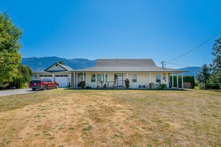 Photo 2: 1851 MARION Road in Abbotsford: Sumas Prairie House for sale : MLS®# R2622143