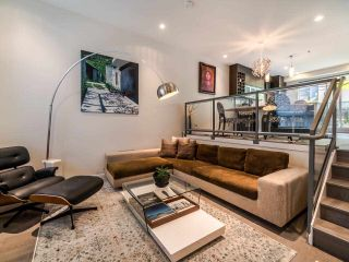 """Main Photo: 9 2188 W 8TH Avenue in Vancouver: Kitsilano Townhouse for sale in """"Canvas"""" (Vancouver West)  : MLS®# R2560305"""