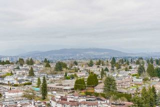 "Photo 12: 2201 5380 OBEN Street in Vancouver: Collingwood VE Condo for sale in ""URBA"" (Vancouver East)  : MLS®# R2547482"