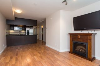 Photo 5: 114 19939 55A Avenue in Langley: Langley City Condo for sale : MLS®# R2248013