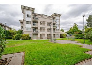 """Photo 22: 114 10533 UNIVERSITY Drive in Surrey: Whalley Condo for sale in """"Parkview Court"""" (North Surrey)  : MLS®# R2612910"""