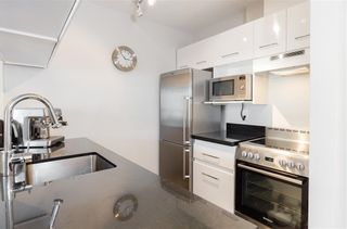 """Photo 12: 904 150 E 15TH Street in North Vancouver: Central Lonsdale Condo for sale in """"Lions Gate Plaza"""" : MLS®# R2583900"""