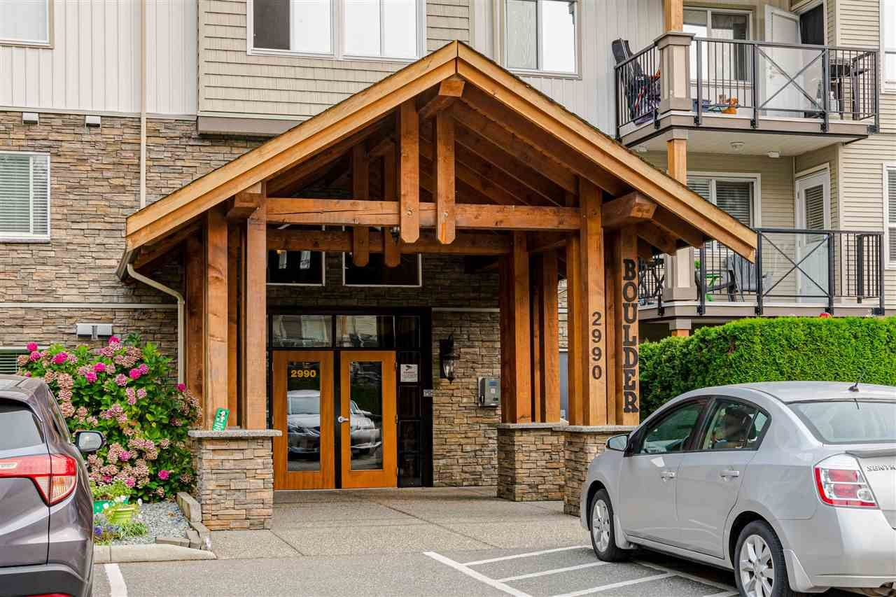 """Main Photo: 312 2990 BOULDER Street in Abbotsford: Abbotsford West Condo for sale in """"Westwood"""" : MLS®# R2499074"""