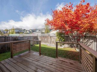 """Photo 2: 22 767 NORTH Road in Gibsons: Gibsons & Area Townhouse for sale in """"NORTH OAKS"""" (Sunshine Coast)  : MLS®# R2415333"""