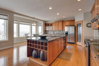 Photo 18: 52 Springbluff Lane SW in Calgary: Springbank Hill Detached for sale : MLS®# A1043718