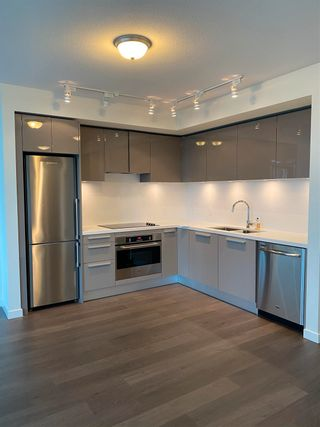 """Photo 8: 1003 6333 SILVER Avenue in Burnaby: Metrotown Condo for sale in """"SILVER"""" (Burnaby South)  : MLS®# R2595918"""