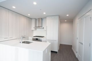 """Photo 9: 3501 2311 BETA Avenue in Burnaby: Brentwood Park Condo for sale in """"LUMINA WATERFALL"""" (Burnaby North)  : MLS®# R2524920"""