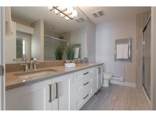 "Photo 12: 61 6591 195A Street in Surrey: Clayton Townhouse for sale in ""ZEN"" (Cloverdale)  : MLS®# R2376995"