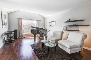 Photo 9: 33 Peer Drive in Guelph: Kortright Hills House (2-Storey) for sale : MLS®# X5233146