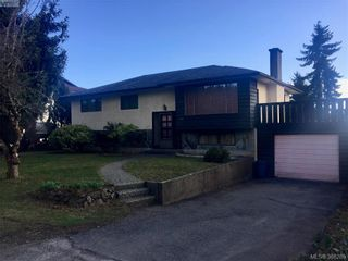 Photo 1: 1111 Stellys Cross Rd in BRENTWOOD BAY: CS Brentwood Bay House for sale (Central Saanich)  : MLS®# 780291
