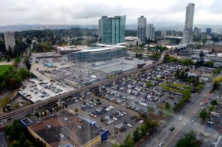 """Photo 19: 401 13618 100 Avenue in Surrey: Whalley Condo for sale in """"INFINITY TOWERS"""" (North Surrey)  : MLS®# R2501888"""