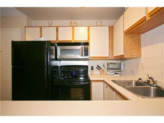 """Photo 6: 111 8700 WESTMINSTER Highway in Richmond: Brighouse Condo for sale in """"CANAAN PLACE"""" : MLS®# V835639"""