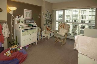 """Photo 11: 805 1338 HOMER Street in Vancouver: Yaletown Condo for sale in """"Yaletown"""" (Vancouver West)  : MLS®# R2348020"""