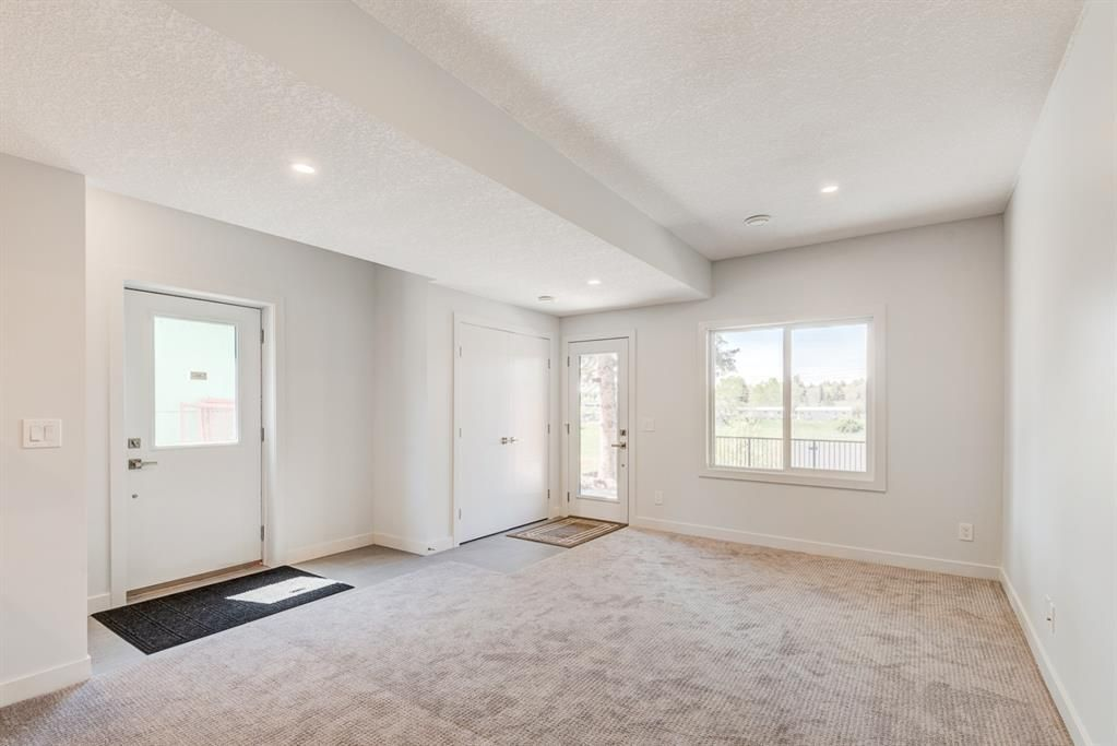 Photo 32: Photos: #1 4207 2 Street NW in Calgary: Highland Park Semi Detached for sale : MLS®# A1111957