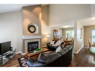"""Photo 3: 42 17097 64 Avenue in Surrey: Cloverdale BC Townhouse for sale in """"Kentucky"""" (Cloverdale)  : MLS®# R2465944"""