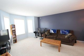 Photo 6: 275 PRESTWICK ACRES Lane SE in CALGARY: McKenzie Towne Townhouse for sale (Calgary)  : MLS®# C3533928