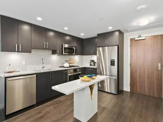 Photo 6: 26 E 1ST AVENUE in Vancouver: Mount Pleasant VE Townhouse for sale (Vancouver East)  : MLS®# R2523111