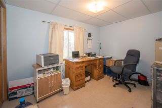 Photo 6: 1905 DAHLIE Road in Smithers: Smithers - Rural Manufactured Home for sale (Smithers And Area (Zone 54))  : MLS®# R2366579
