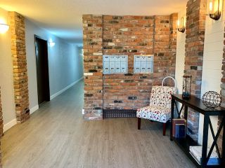 "Photo 3: 301 1331 FOSTER Street: White Rock Condo for sale in ""KENT MAYFAIR"" (South Surrey White Rock)  : MLS®# R2408938"