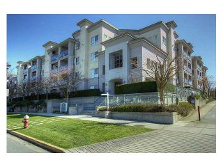 """Photo 1: 130 5500 ANDREWS Road in Richmond: Steveston South Condo for sale in """"SOUTHWATER"""" : MLS®# V882835"""