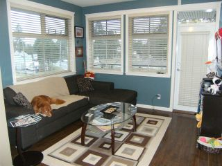 """Photo 5: 306 22858 LOUGHEED Highway in Maple Ridge: East Central Condo for sale in """"URBAN GREEN"""" : MLS®# R2103541"""