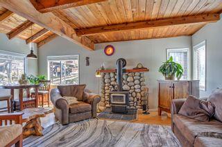 Photo 2: 1 1765 Cowichan Bay Rd in : Du Cowichan Bay House for sale (Duncan)  : MLS®# 879121