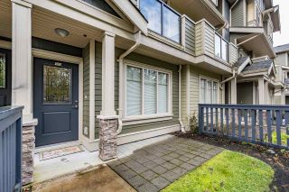 """Photo 2: 109 3382 VIEWMOUNT Drive in Port Moody: Port Moody Centre Townhouse for sale in """"LILLIUM VILLAS"""" : MLS®# R2155402"""