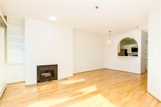 """Photo 3: 201 1924 COMOX Street in Vancouver: West End VW Condo for sale in """"WINDGATE ON THE PARK"""" (Vancouver West)  : MLS®# R2513108"""