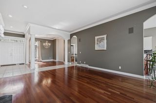 Photo 6: 302 Patterson Boulevard SW in Calgary: Patterson Detached for sale : MLS®# A1104283