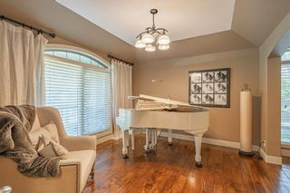 Photo 4: 10 Wentwillow Lane SW in Calgary: West Springs Detached for sale : MLS®# C4294471