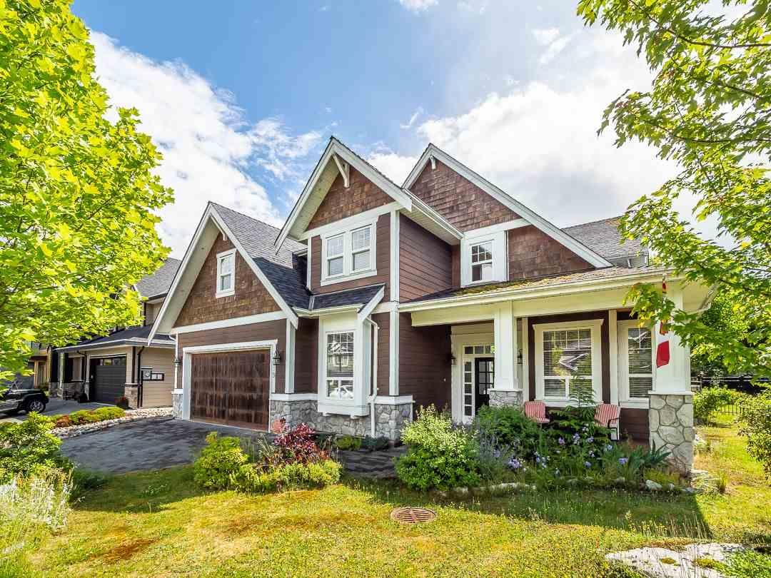 "Main Photo: 1019 JAY Crescent in Squamish: Garibaldi Highlands House for sale in ""Thunderbird Creek"" : MLS®# R2375998"