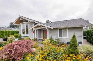 """Photo 14: 1291 PINEWOOD Crescent in North Vancouver: Norgate House for sale in """"Norgate"""" : MLS®# R2516776"""