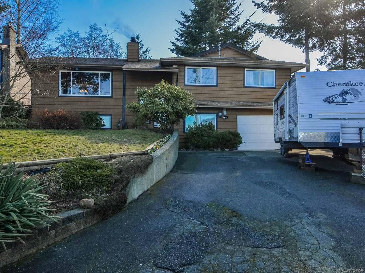 Main Photo: 555 Charstate Dr in CAMPBELL RIVER: CR Campbell River Central House for sale (Campbell River)  : MLS®# 724150