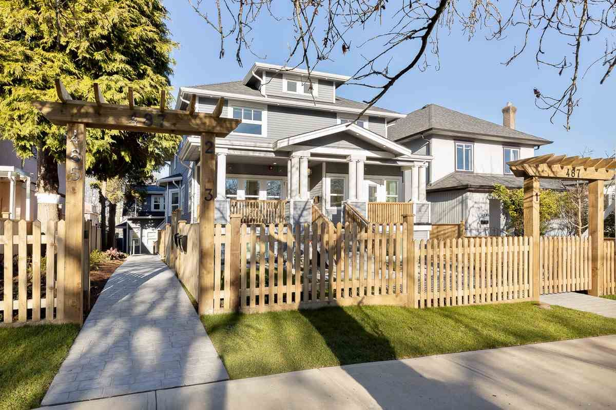 Main Photo: 2 487 E 11TH AVENUE in Vancouver: Mount Pleasant VE Townhouse for sale (Vancouver East)  : MLS®# R2531642