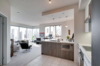 Photo 11: 1702 1053 10 Street SW in Calgary: Beltline Apartment for sale : MLS®# A1153630