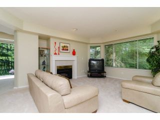 """Photo 3: 49 103 PARKSIDE Drive in Port Moody: Heritage Mountain Townhouse for sale in """"TREETOPS"""" : MLS®# V1065898"""