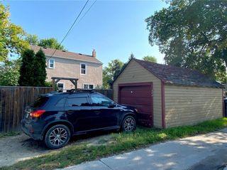 Photo 25: 300 Leighton Avenue in Winnipeg: North Kildonan Residential for sale (3F)  : MLS®# 202122047