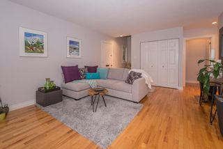 Photo 3: 1134 PREMIER Street in North Vancouver: Lynnmour Townhouse for sale : MLS®# R2204254