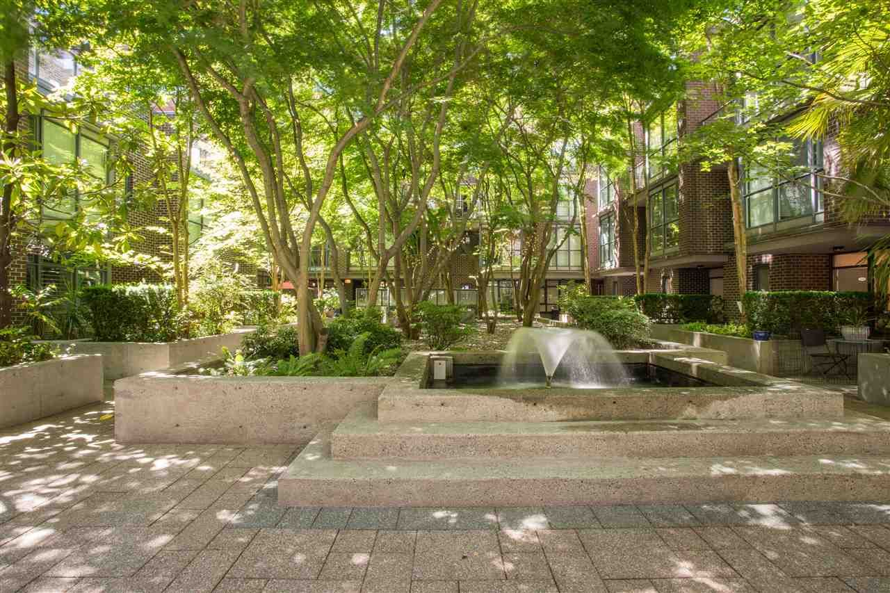 """Photo 19: Photos: 1008 1068 HORNBY Street in Vancouver: Downtown VW Condo for sale in """"The Canadian"""" (Vancouver West)  : MLS®# R2389948"""