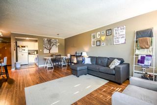 "Photo 6: 2 1450 CHESTERFIELD Avenue in North Vancouver: Central Lonsdale Condo for sale in ""MOUNTAINVIEW"" : MLS®# R2051749"