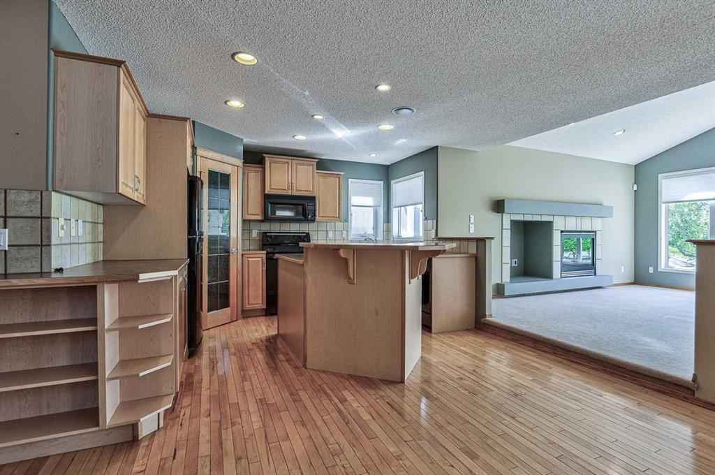 Photo 19: Photos: 106 Everwillow Close SW in Calgary: Evergreen Detached for sale : MLS®# A1116249