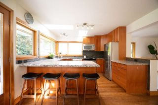 Photo 12: 1935 PARKSIDE Lane in North Vancouver: Deep Cove House for sale : MLS®# R2539750