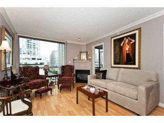 """Photo 2: 706 928 RICHARDS Street in Vancouver: Yaletown Condo for sale in """"THE SAVOY"""" (Vancouver West)  : MLS®# V911240"""