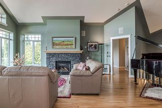 Photo 6: 40 Slopes Grove SW in Calgary: Springbank Hill Detached for sale : MLS®# A1069475